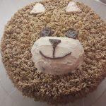 Tort urodzinowy dla dzieci – smaczny Misiu Pysiu
