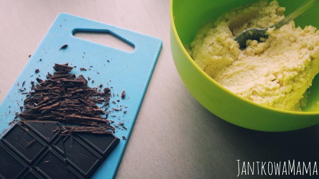 ciasteczka jaglane z gorzką czekoladą